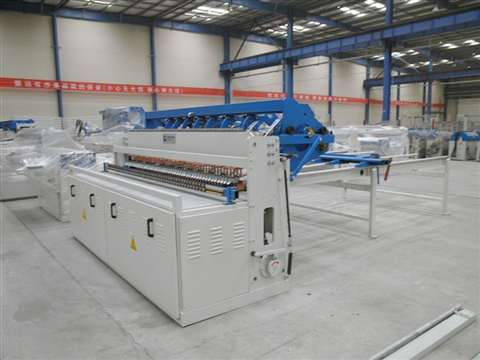 Panel fence mesh welding production line