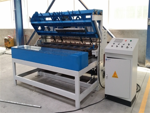 Construction mesh panel welding machine