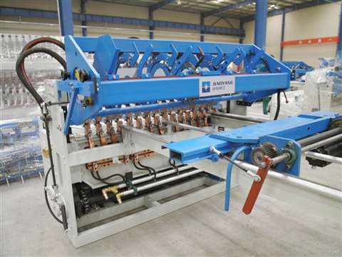 steel fence wire mesh welding production line